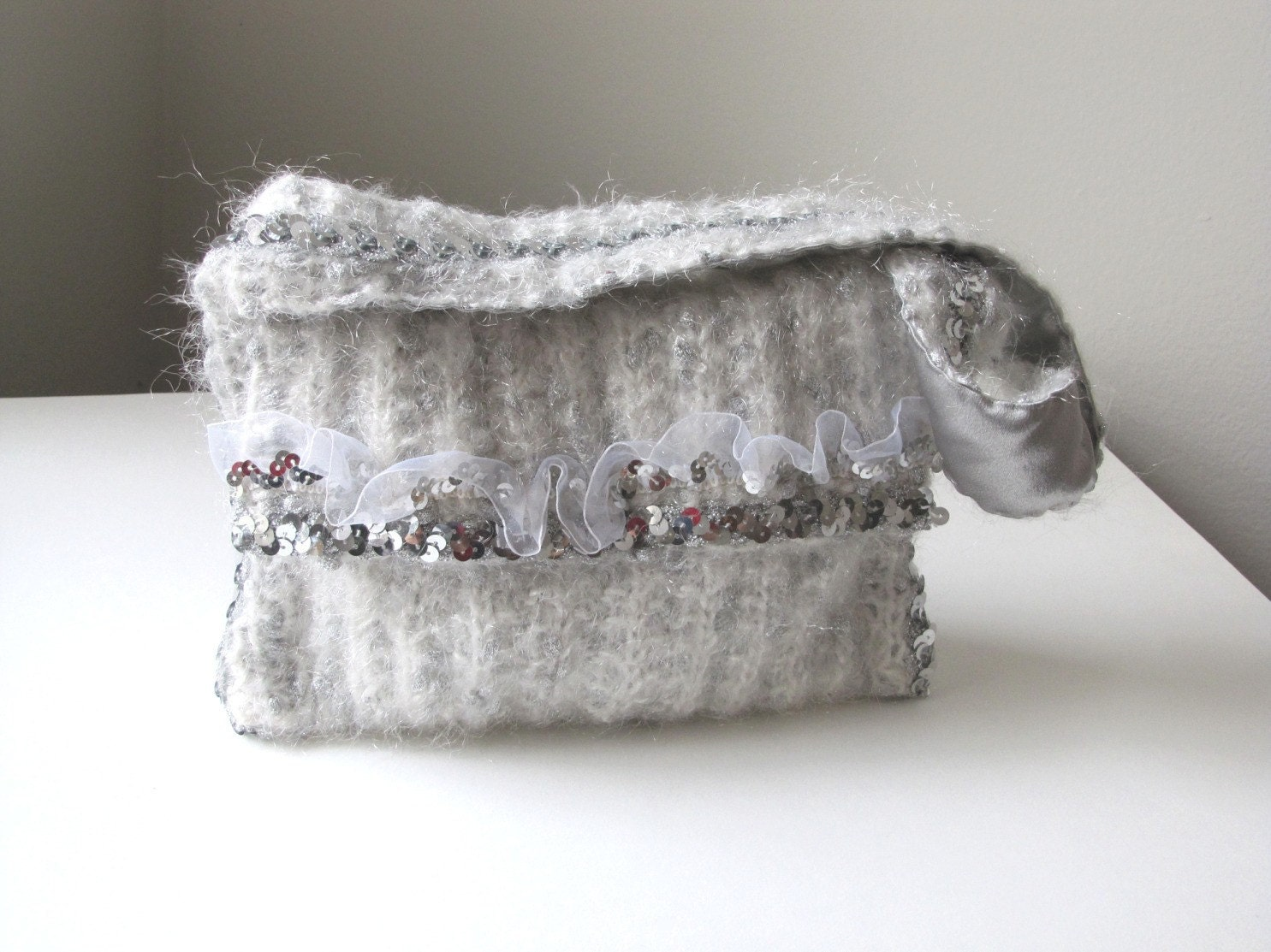 Winter Wonderland Hand-knit Handbag/Shoulder Bag