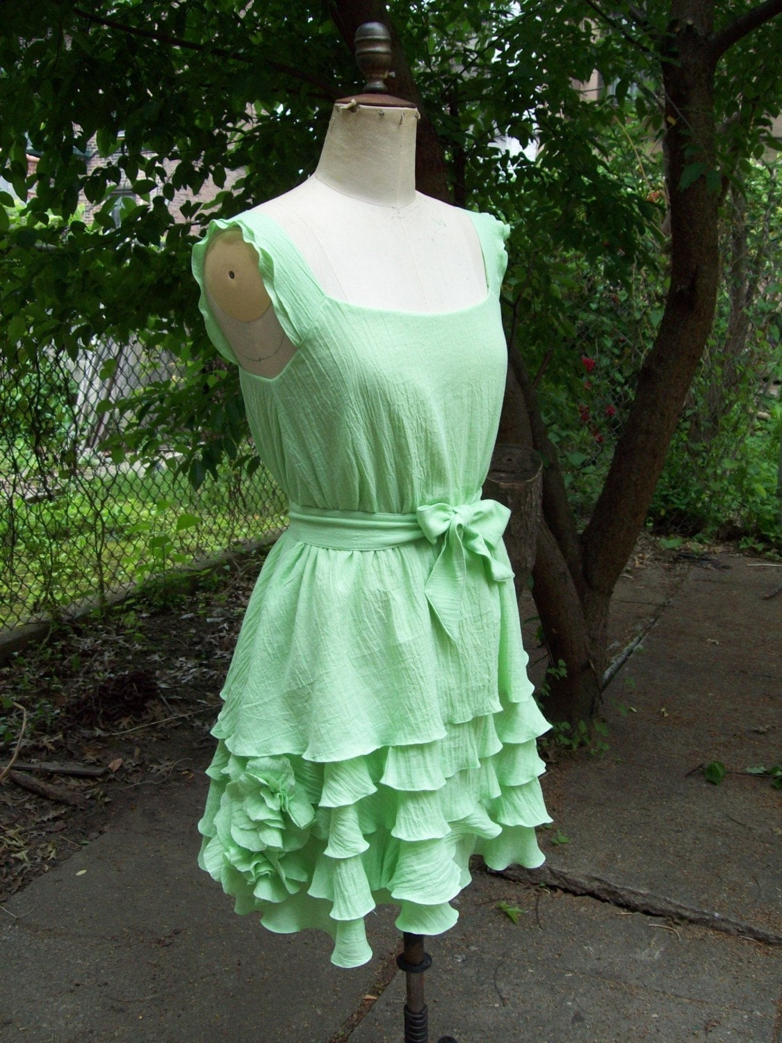 cotton knee length short dress with corsage