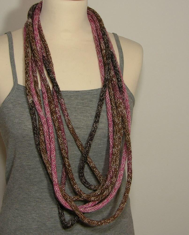 Шарф ожерелье - трикотажные ожерелье - петли - бесконечность шарфом - шея обертывание - шея теплее - вязать шарф - в розовый и коричневый