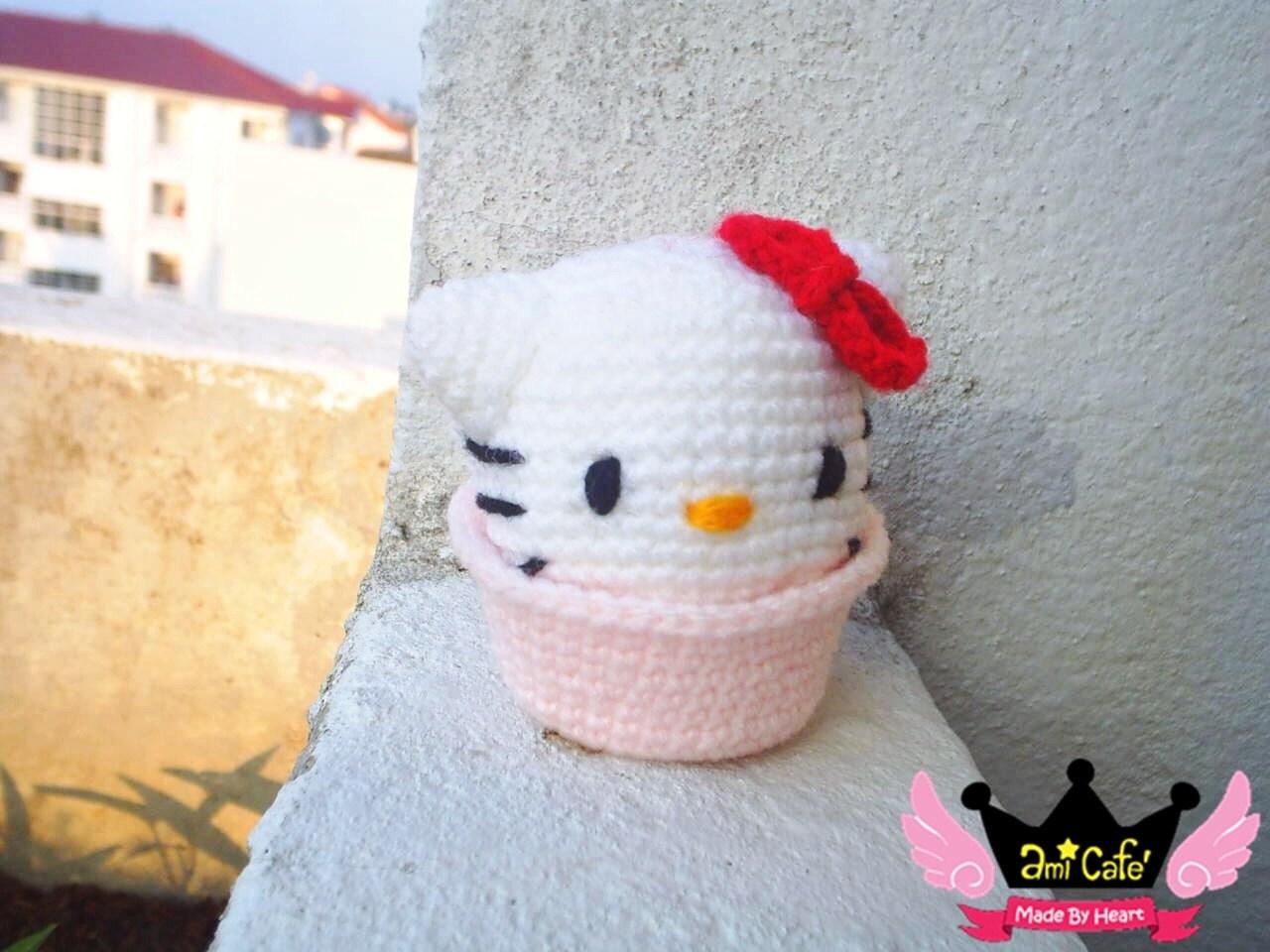 PDF Pattern - Kitty Cupcake Pattern
