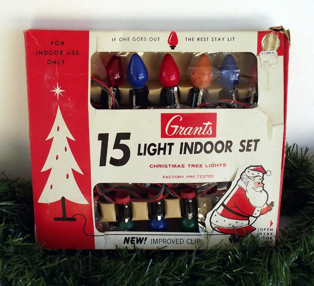 Vintage 15 Indoor Light Set IOB 1