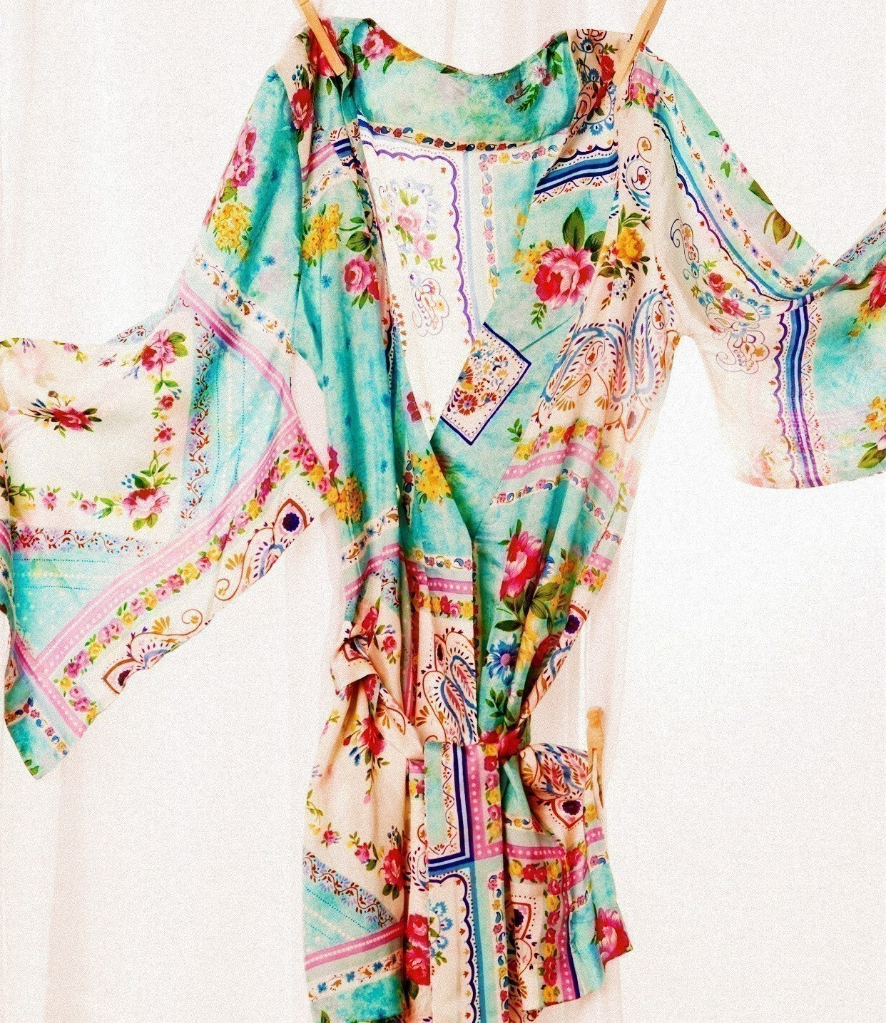 Kimono Style Robe.  Knee Length.  Silk Road Sweet.