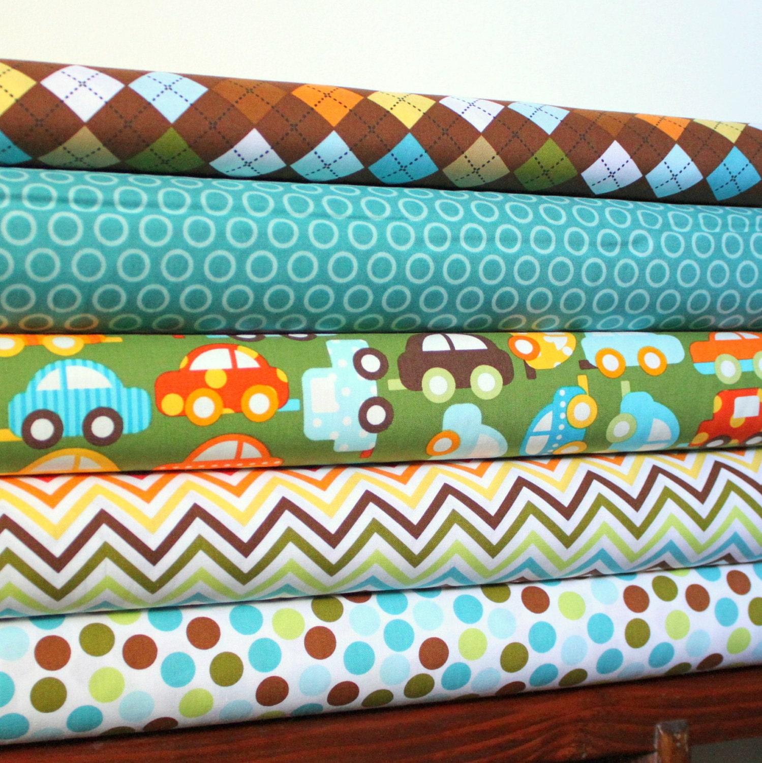 Ready Set Go By Ann Kelle for Robert Kaufman Lime Car Organic Cotton, Fat Quarter Yard Bundle, 5 Prints, 5 Fat Quarters Total.