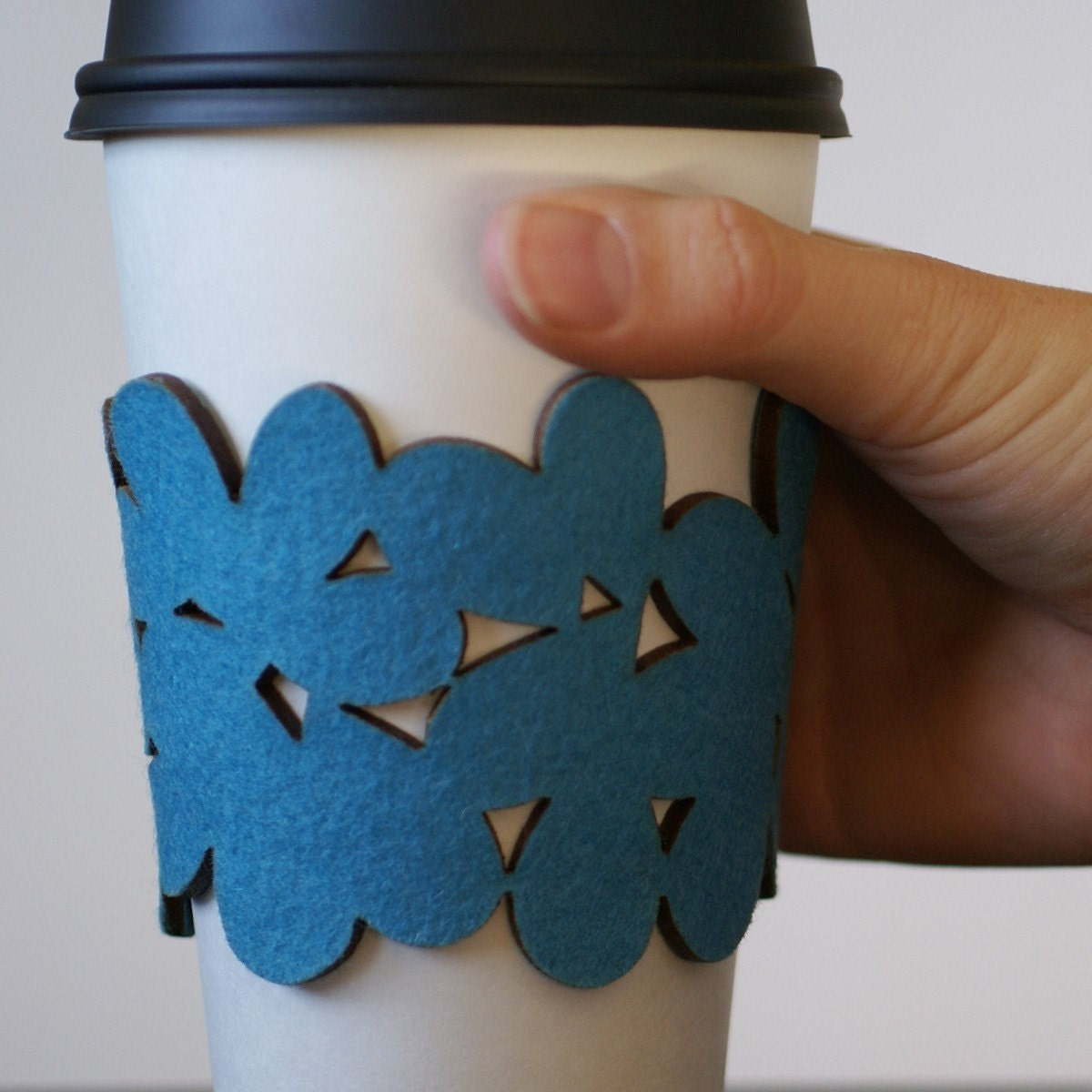 cozy/cuff SNAP - bracelet/reusable cup sleeve in turquoise blue wool felt - size small - free shipping