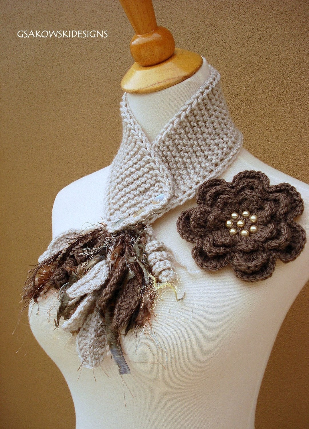 Taupe Flower Scarflette