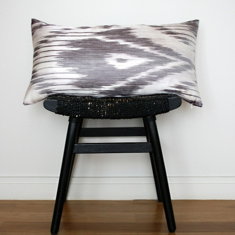 IKAT Silk and Linen Cushion Cover 63 x 34 cm