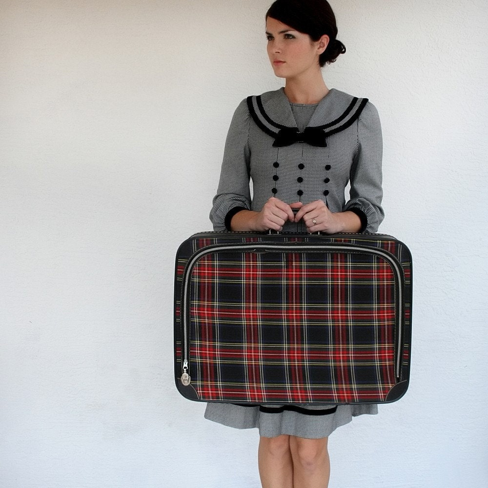 VINTAGE Plaid Suitcase Navy Blue RED Golden Yellow Hunter Green AWESOME