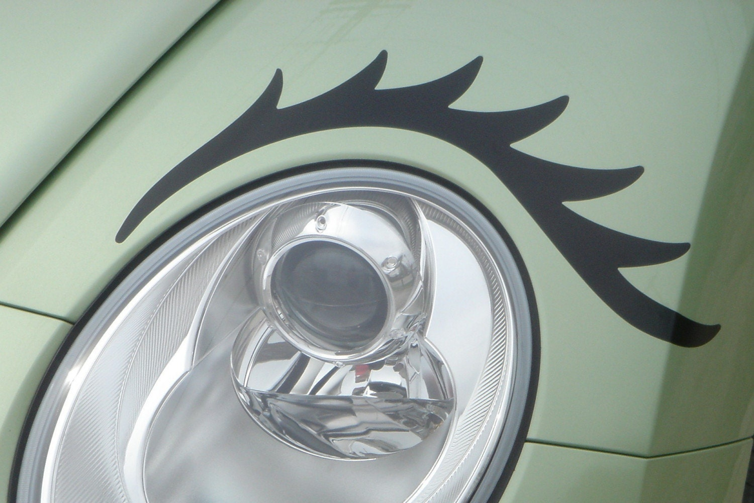 Eyelashes for your VW Beetle Headlamps