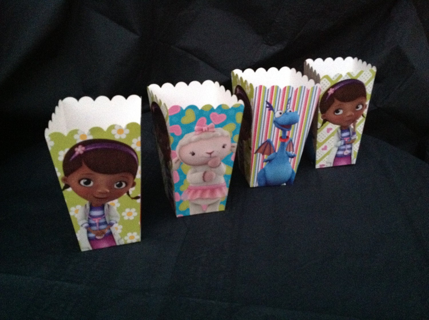 Doc Mcstuffins Birthday Party popcorn Treat Favor candy Goody Boxes Table decor