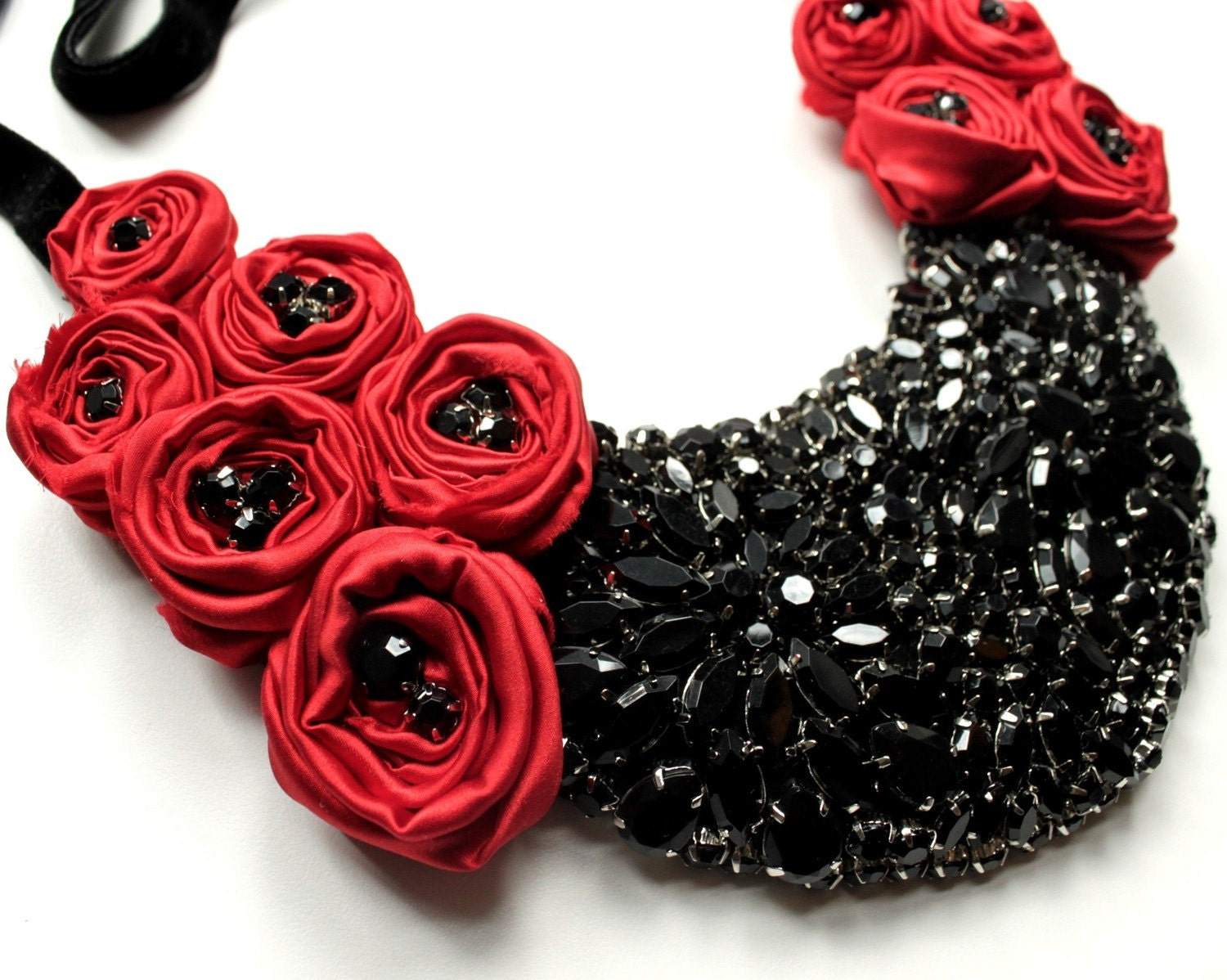 The Drama Queen - Red and Black Beaded Rosette Bib Necklace