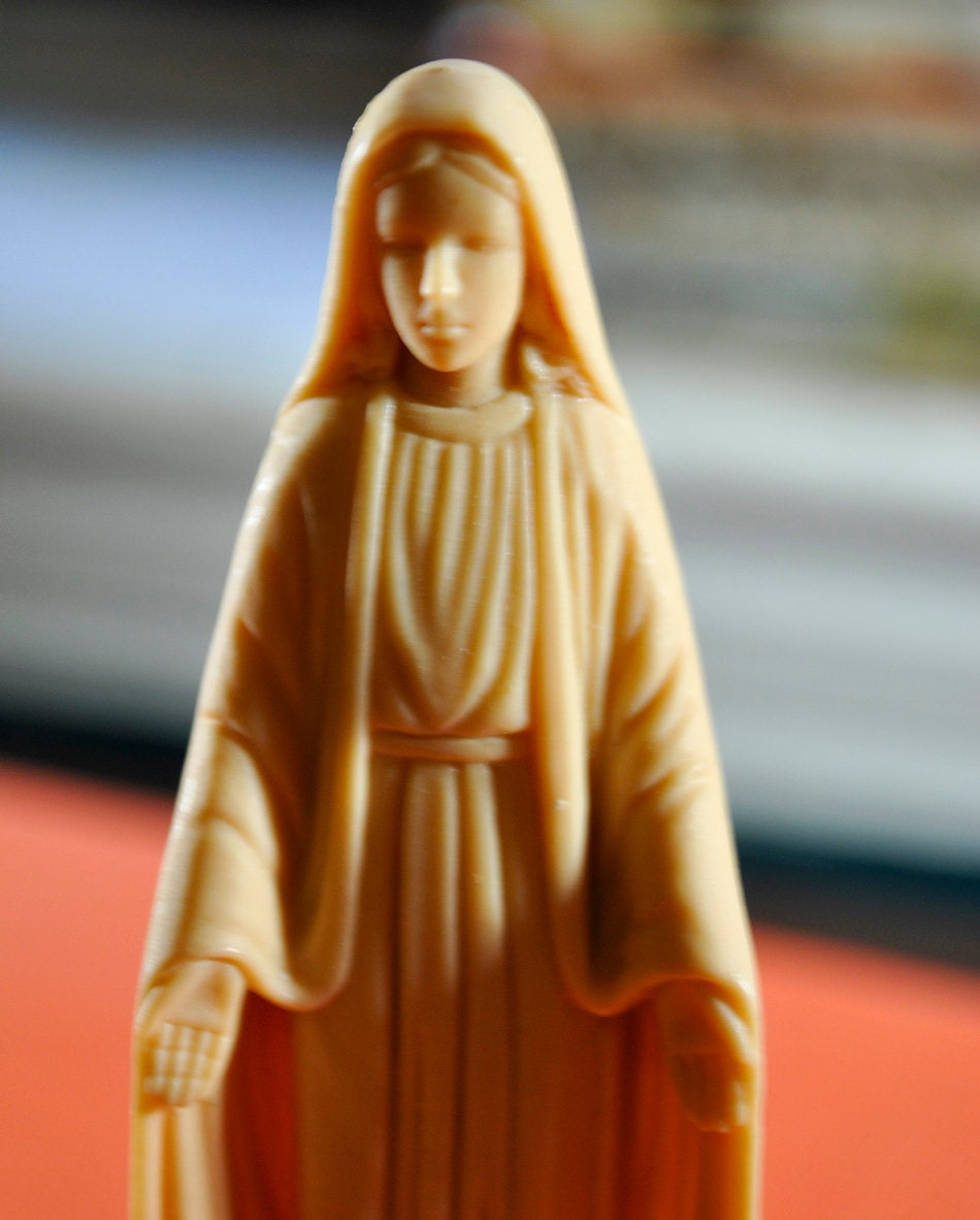 Virgin mary statue plastic