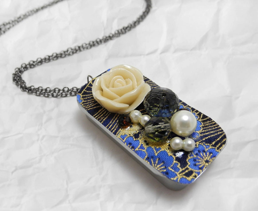 Solid Perfume Necklace - Jasmine