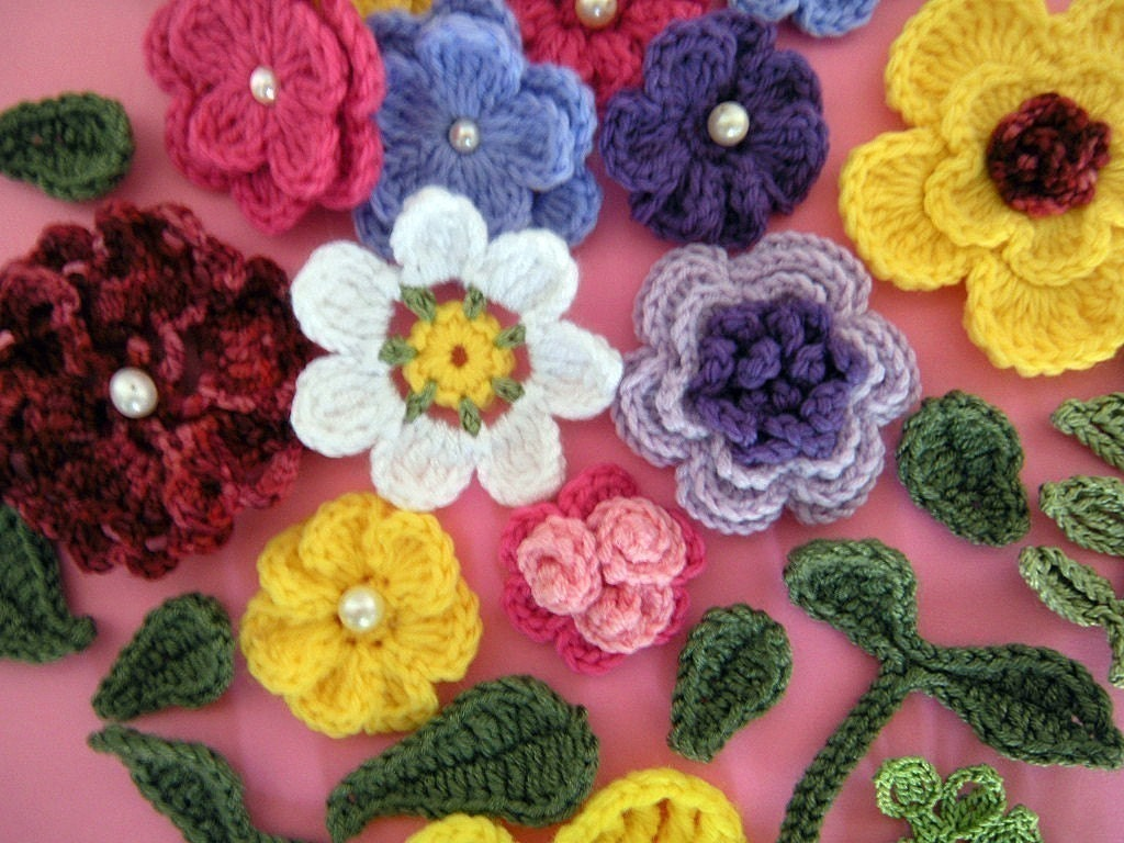 Free Crochet Patterns Flowers Leaves : Crochet Flower Appliques How to Applique