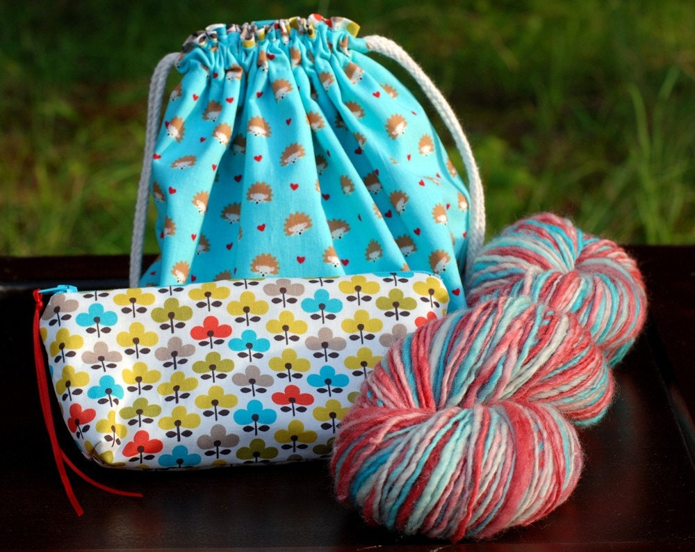 Hedgie Love - project bag and handspun yarn kit