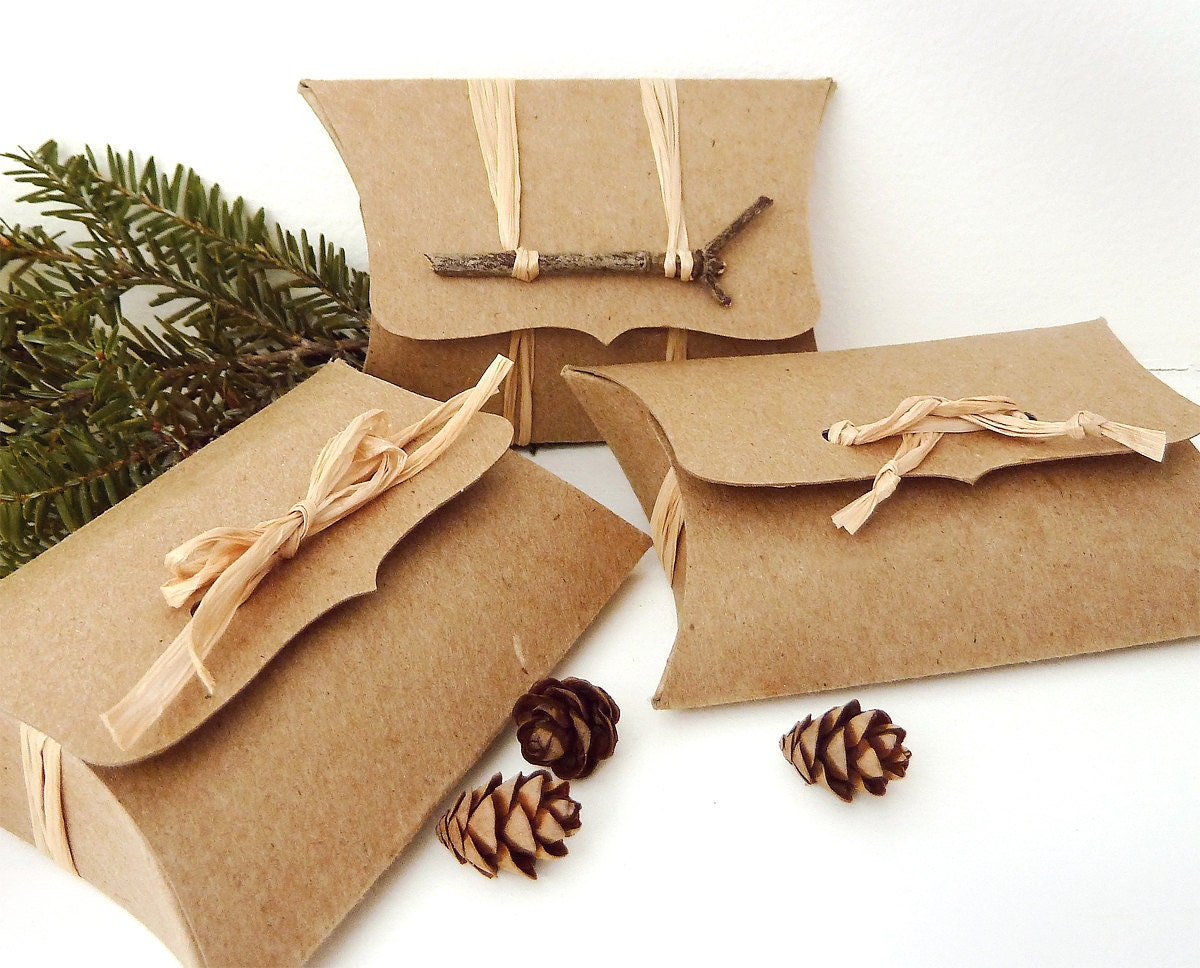Diy Wedding Gift Card Holder : Recycled Kraft DIY wedding favor box, jewellery box, gift card holder ...