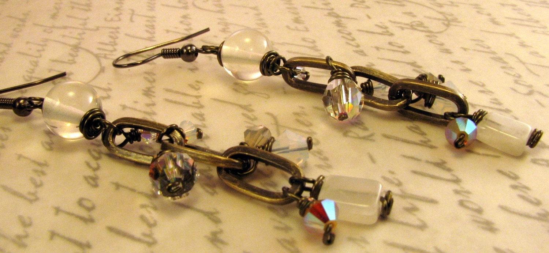 Air Element Earrings (Antique gold, tan, cream, white)