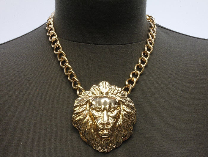 lion medallion collar rihanna style silver versace style hiphop 90s
