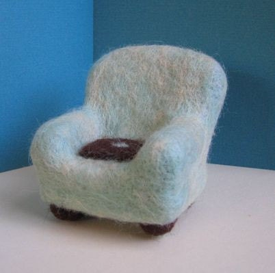 Wee Felted Armchair- Cool Mint