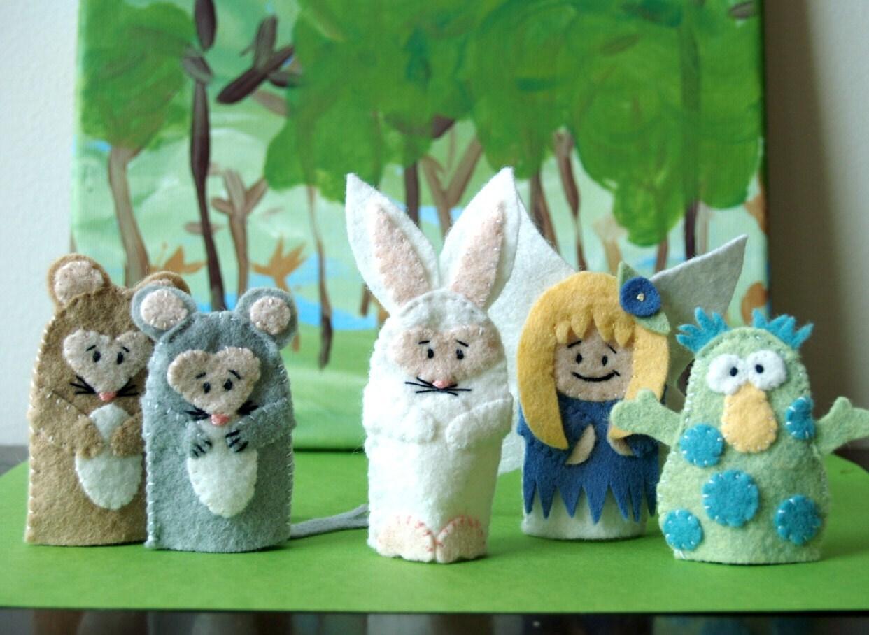 Little Bunny Foo Foo Finger Puppet Set