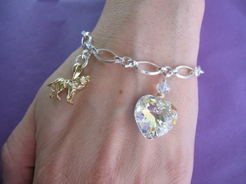 QUALITY Bella Bracelet - Gold Wolf - Rare Crystal Heart - 7 inches