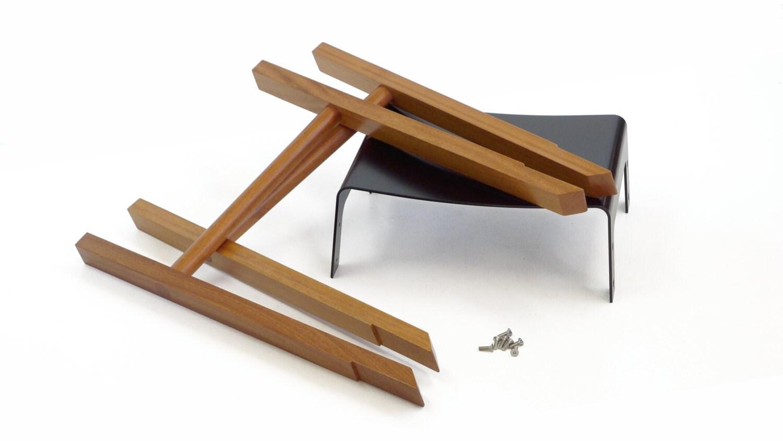 Como fazer banquinhos ou tamboretes de madeira com assento de metal  #6E4123 1500x844