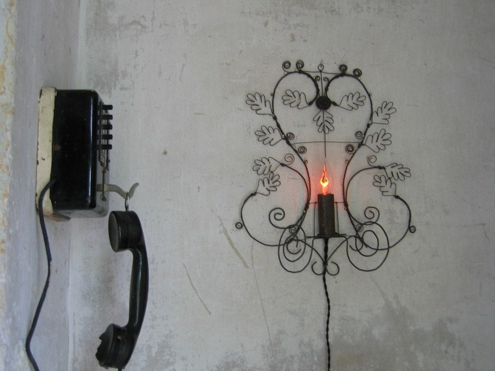 Etsy :: Debeauxsouvenirs :: Wall Lamp Feuille de Chene Foil's oak from etsy.com