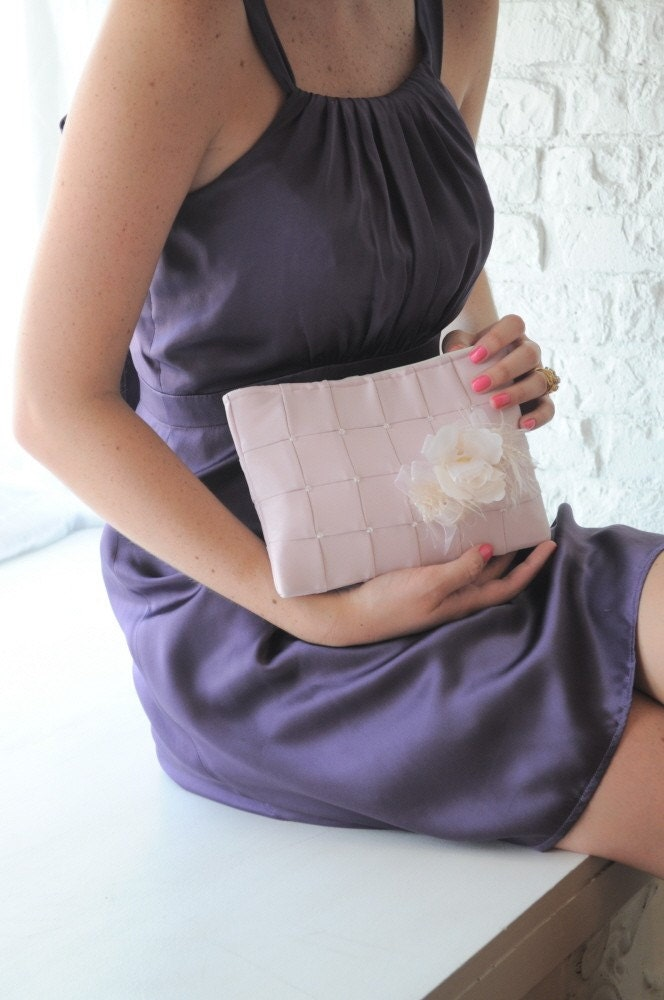 Clutch - The Lily Viola Clutch - Blush Pink