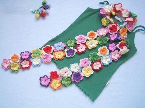 دستی قلاب دوزی چند رنگ گلابی روسری گل پشم