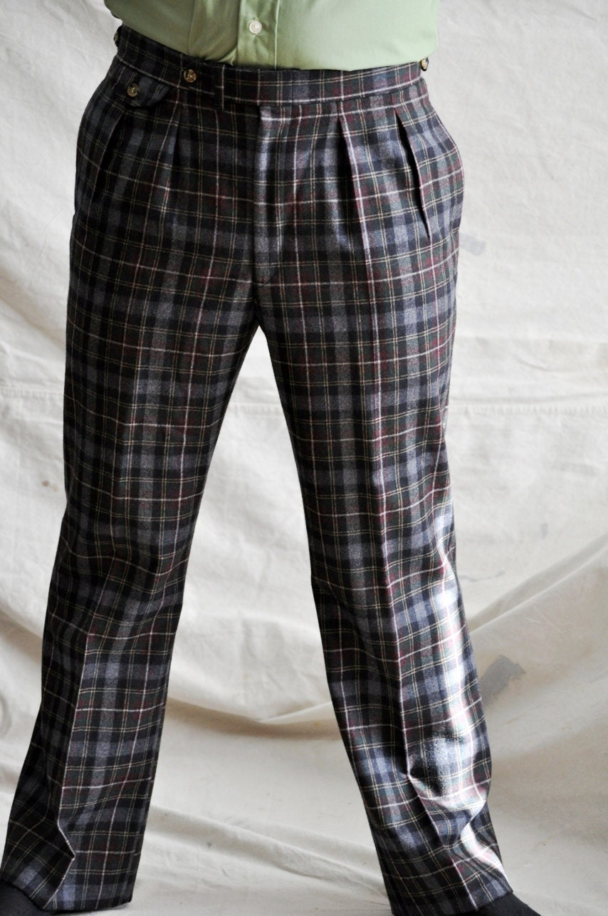 Wool Plaid Pants. Men's Wool Trousers in Gray Tartan Plaid. Size 33- 34 Vintage Wool Slacks.