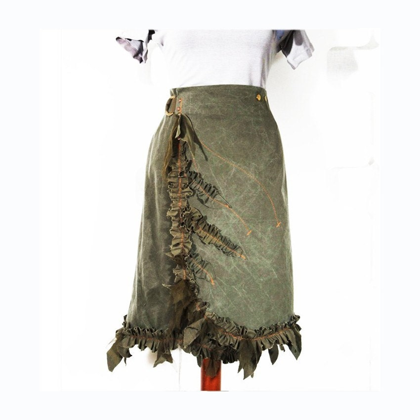Canvas Lily Skirt by attiladesign