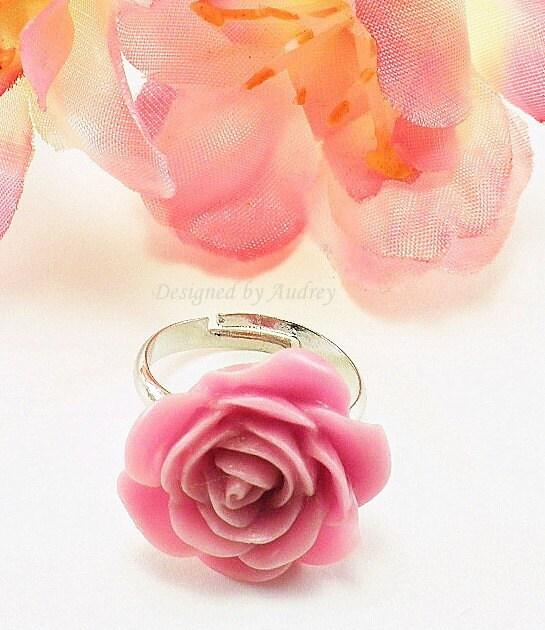 Vintage Styled Mauve Rose Garden Ring