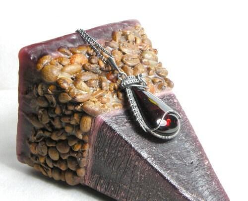 Meneldur  - silver wire wrapped pendant with amber - MadeBySunflower