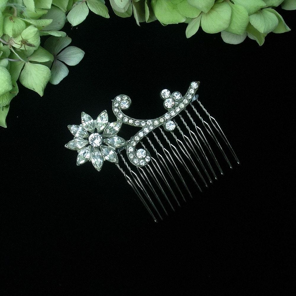 1920's Rhinestone Flower Brooch Haircomb