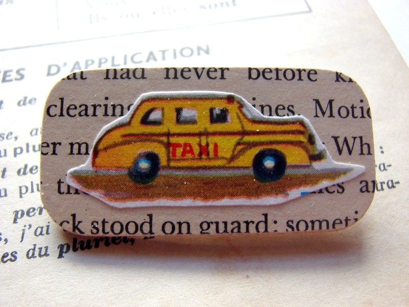 Little Wood Pin Brooch- Yellow Cab- Decoupage Retro Vintage City Taxi