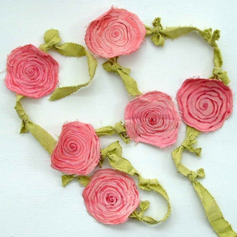 Pink Rose on Green Fabric Garland