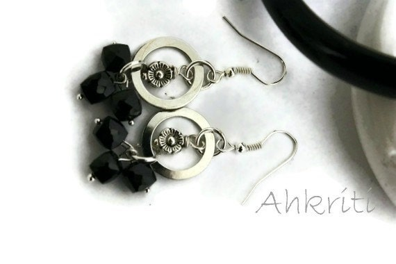 Black onyx earrings for women,cubed onyx, faceted onyx,black earrings,gifts