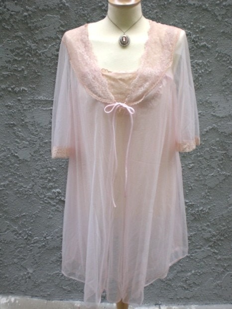 Vintage 60s Rose Chiffon and Lace Tent Peignoir Boudoir Robe and Nightie Babydoll Set Playhouse Vintage