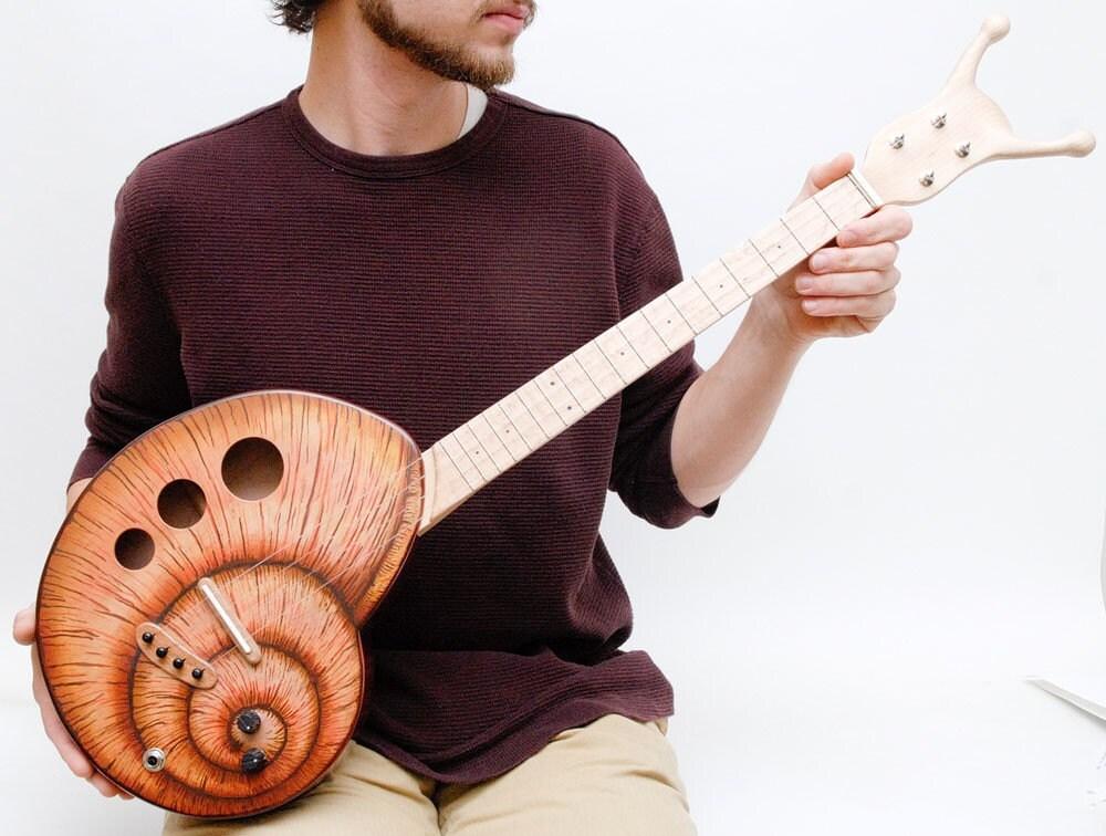 Snail ukulele (snailele) Baritone / Tenor  acoustic electric