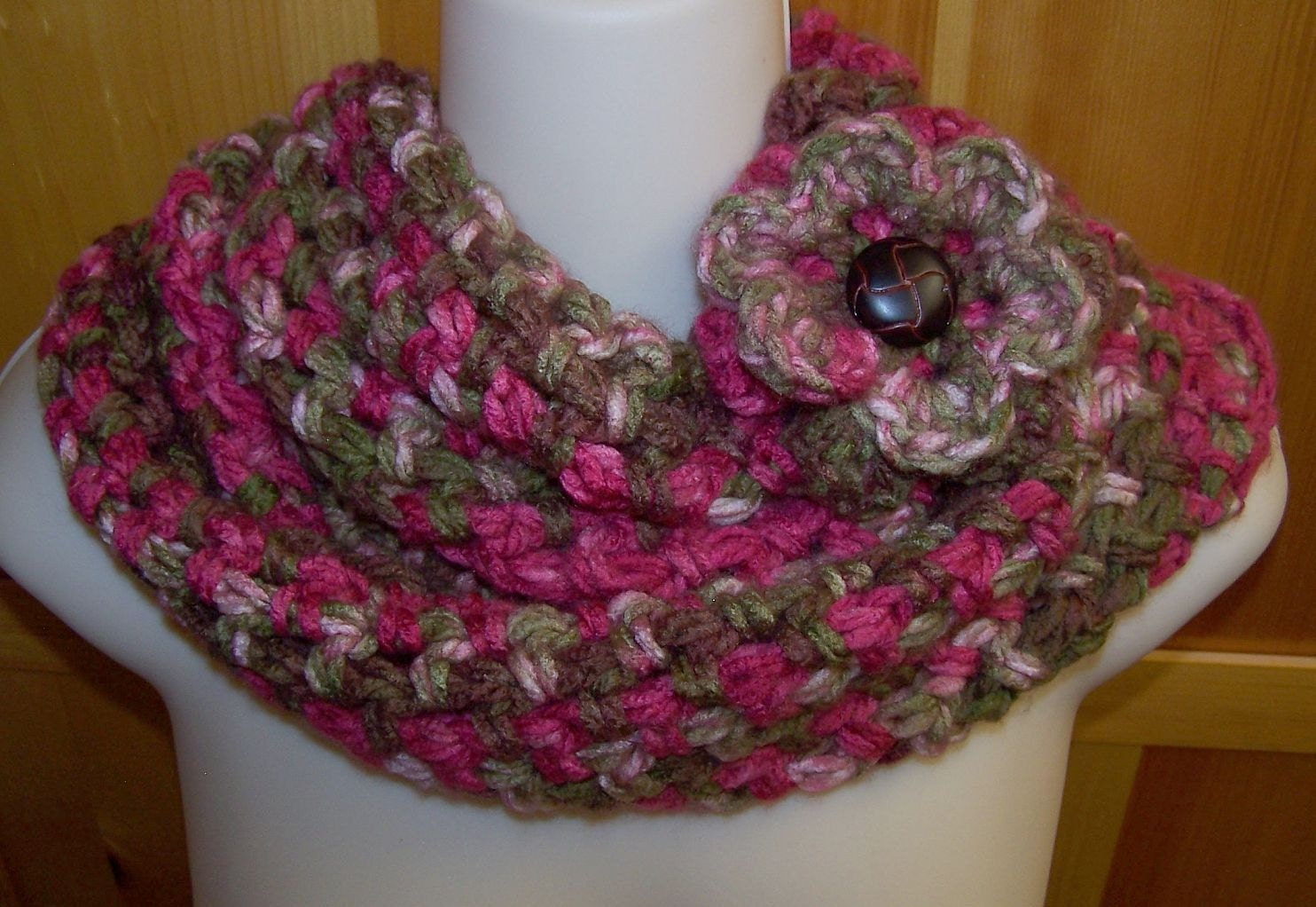 Cranberry Mobius Cowl Eternity Chunky Scarf Circle Loop Eternity Infinity