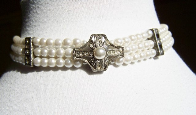 Vintage Triple Strand Pearl Choker Necklace by dabchickvintagegems