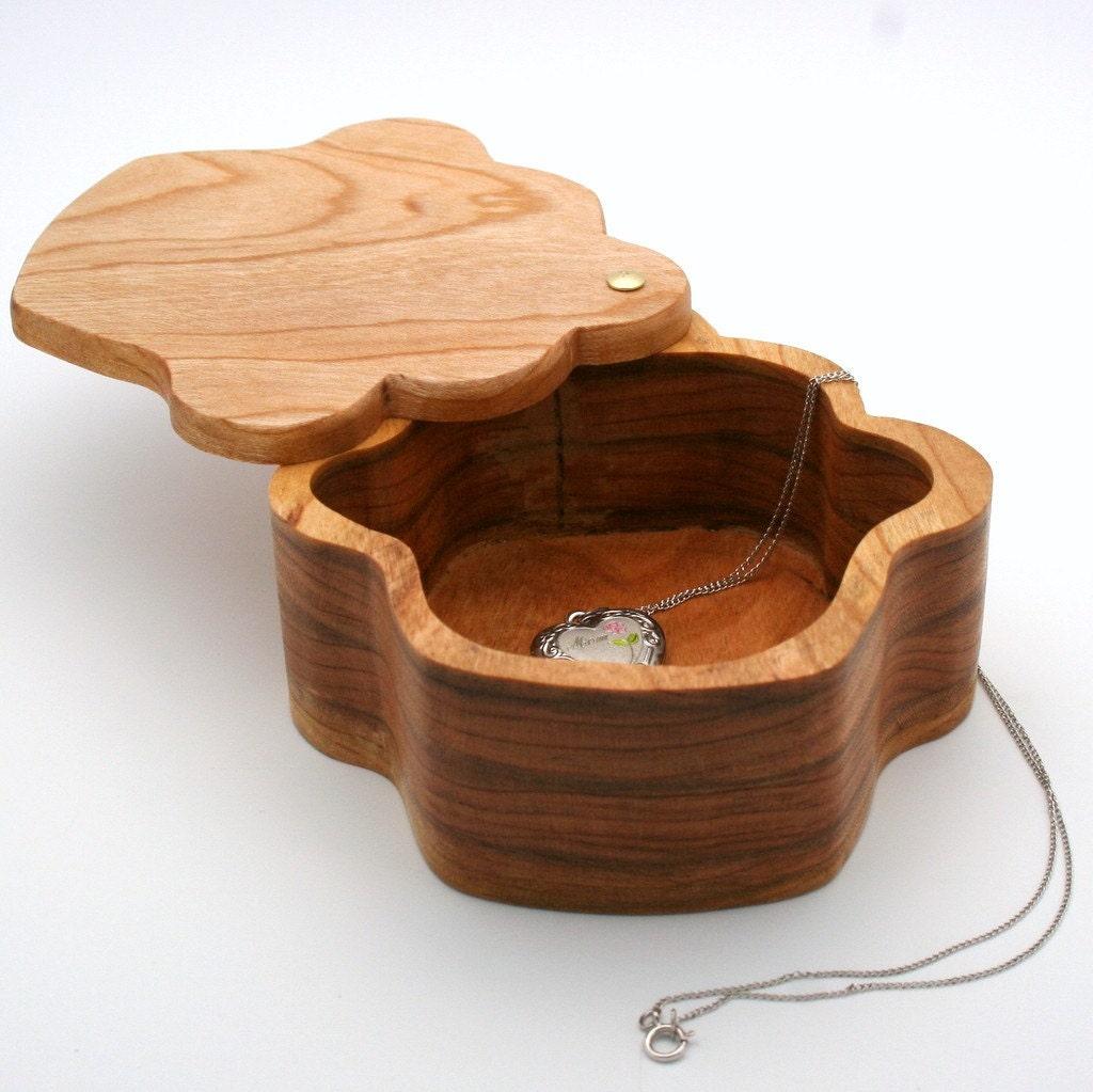 CupCake  Keepsake or Treasure Box in Cherry Wood