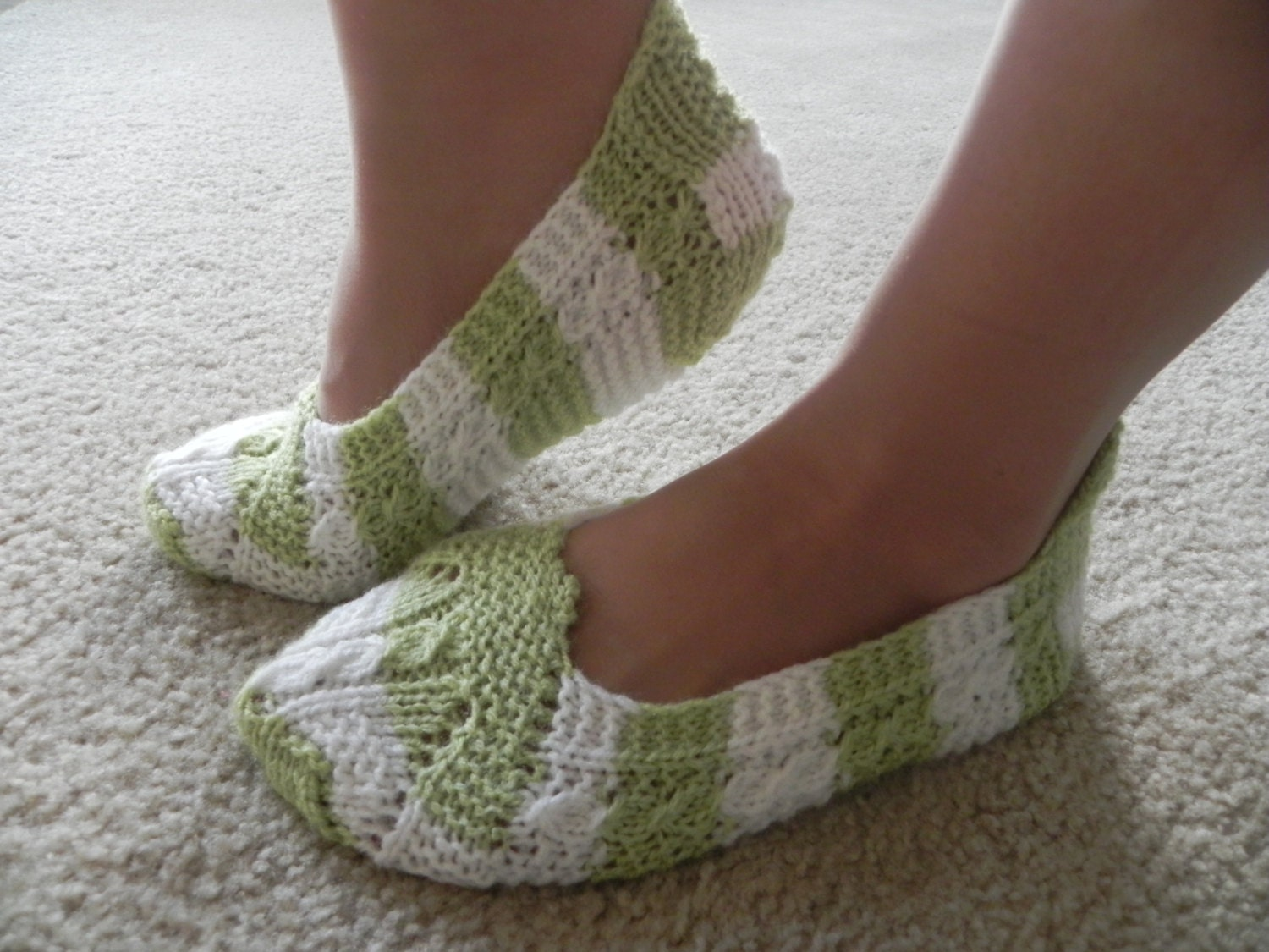 Knitting Pattern For Womens Slippers : Hand Knitted Women Slippers Pattern by ASMslippers on Etsy