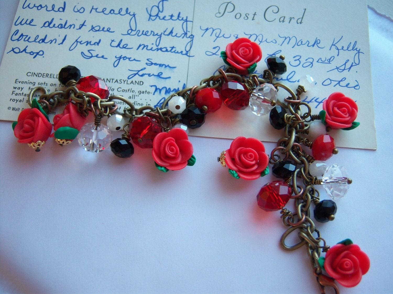 Roses. Flower Bracelet. Charm Bracelet. Garden. Red Rose Charm Bracelet. Postcard. Snow White. White. Crystal. Love.