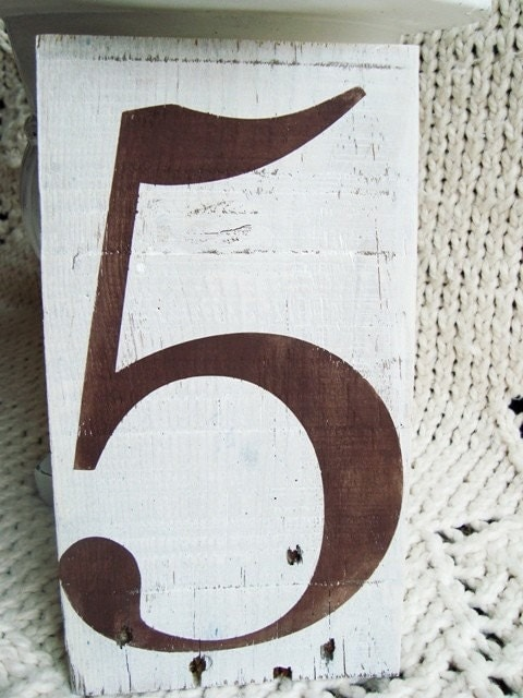 Large Number 5 on wood in brown and white