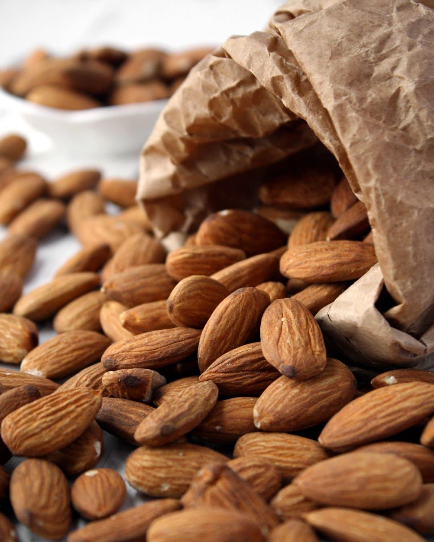 Almonds - DeliciousShots