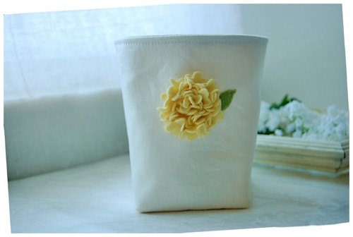 Light Yellow Hydrangea Box In Wool Felt  On Wedding White Linen Fabric Organizer Bin  Storage Basket   Handmade elitett