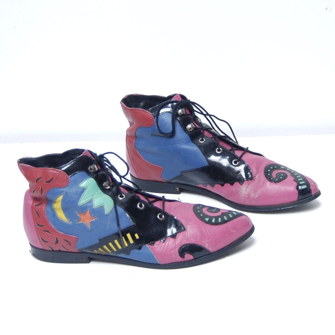 vintage 80s FLY GIRL multicolor abstract GEOMETRIC modern ankle booties size 7