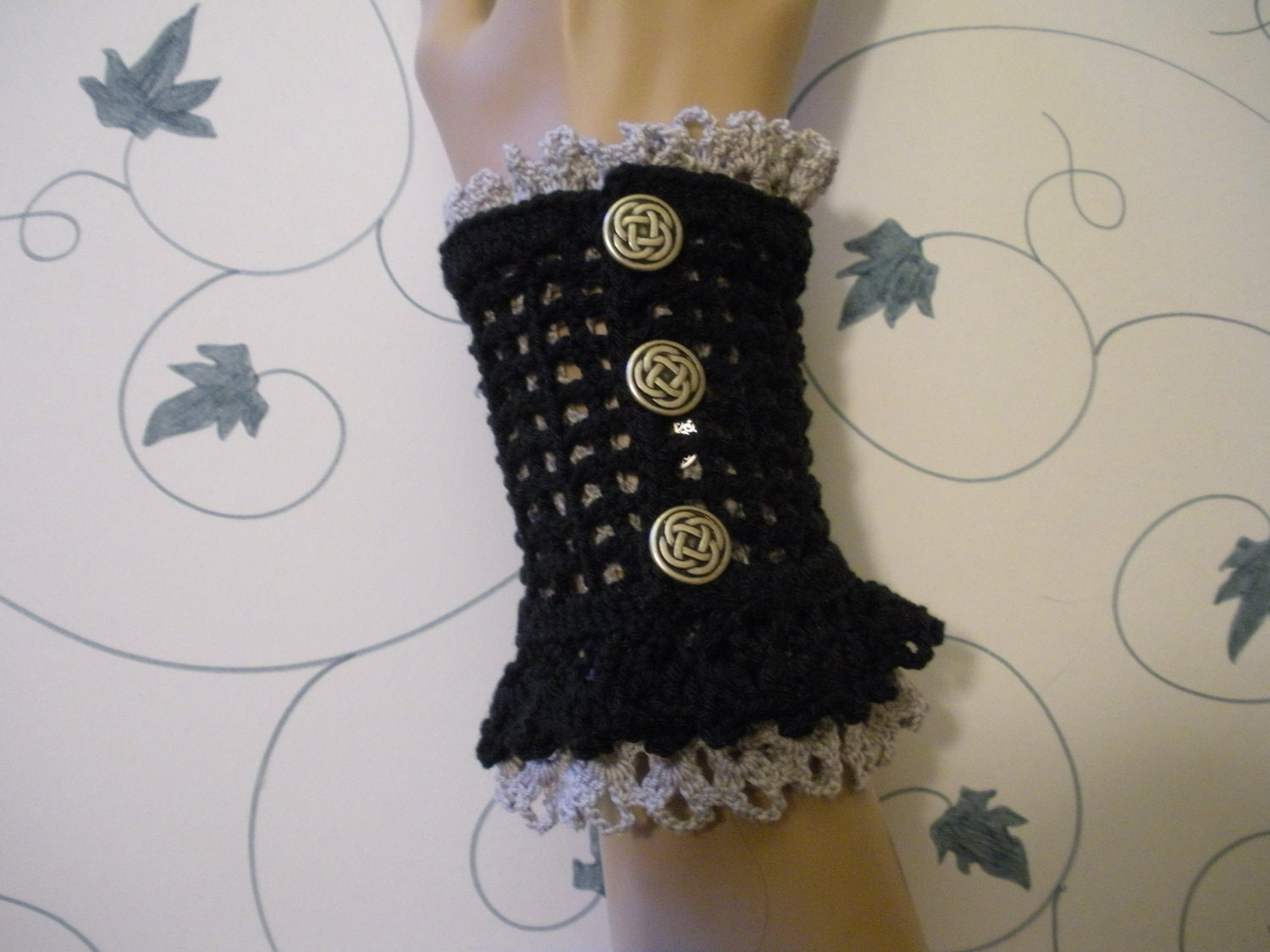 Double Pair Lace Wrist Cuffs