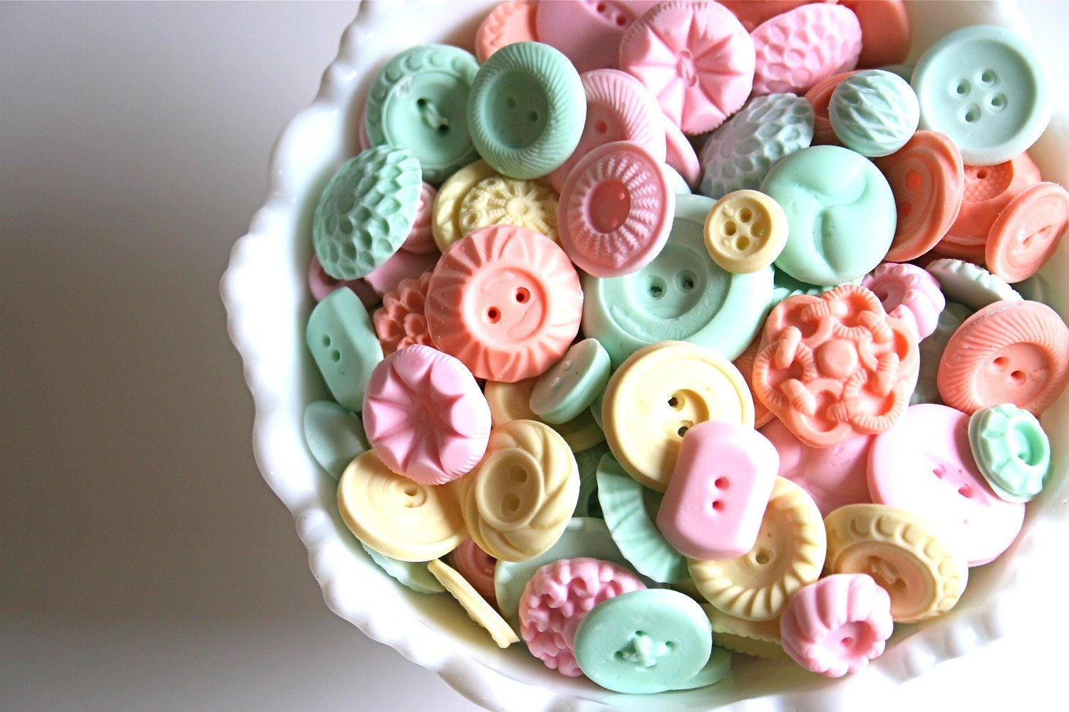 Peppermint Candy Buttons 200