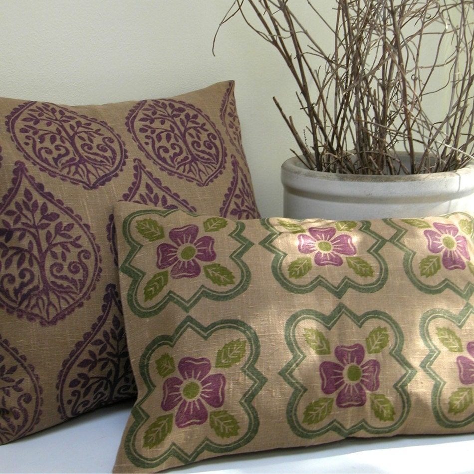 Medieval Rose linen pillow